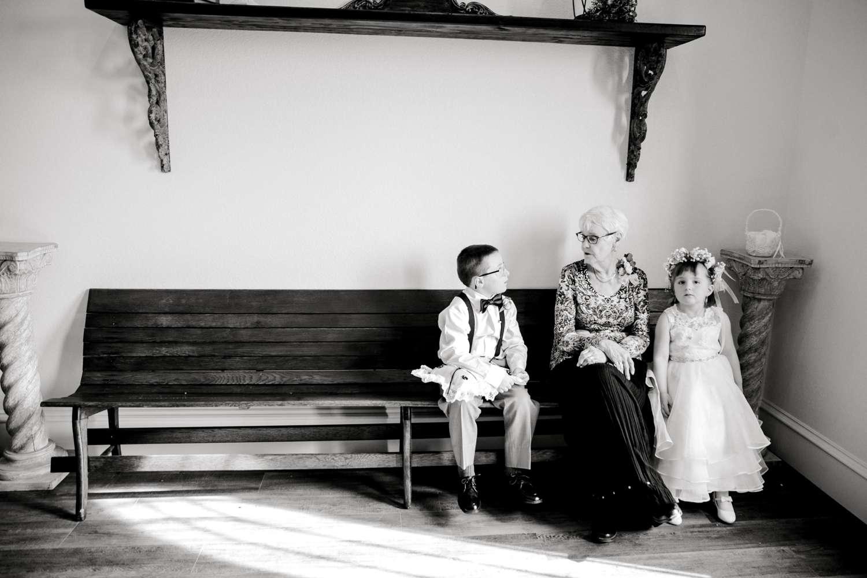 CASSIDY+AND+HARLEY+BRADLEY+EBERLEY+BROOKS+CHAPEL+LUBBOCK+WEDDING+PHOTOGRAPHER+ALLEEJ_0062.jpg