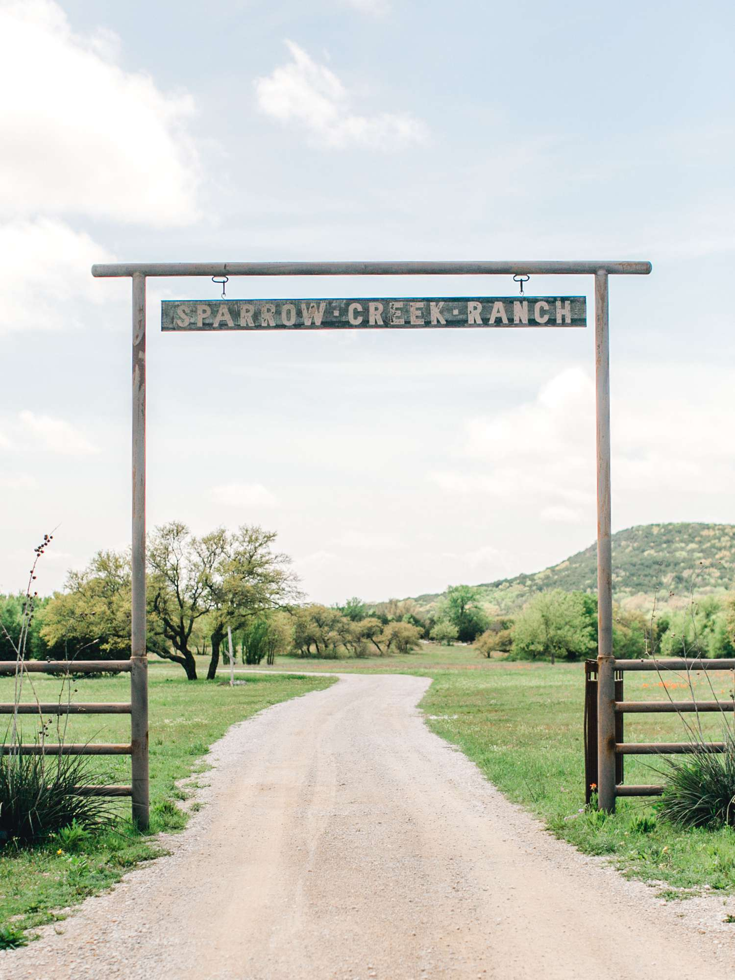 SARAH+TREVOR+BADGETT+SPARROW+CREEK+GRAHAM+TEXAS+ALLEEJ+WEDDINGS_0001.jpg