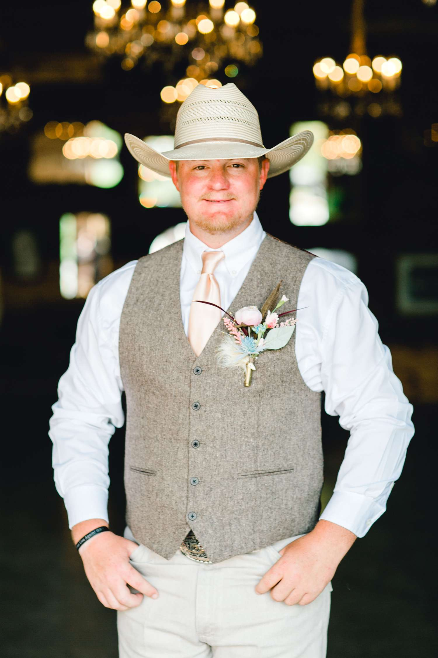 SARAH+TREVOR+BADGETT+SPARROW+CREEK+GRAHAM+TEXAS+ALLEEJ+WEDDINGS_0028.jpg