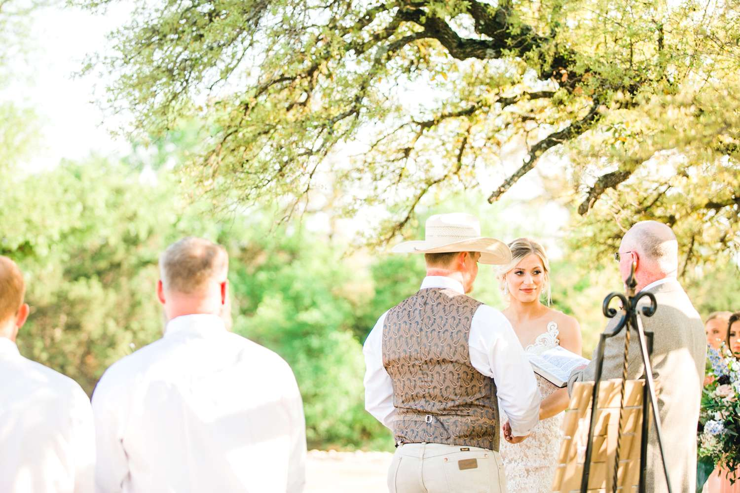 SARAH+TREVOR+BADGETT+SPARROW+CREEK+GRAHAM+TEXAS+ALLEEJ+WEDDINGS_0066.jpg