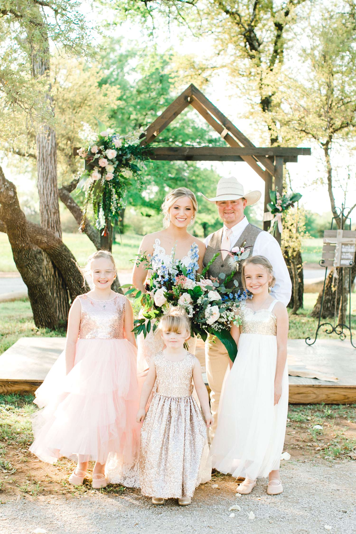 SARAH+TREVOR+BADGETT+SPARROW+CREEK+GRAHAM+TEXAS+ALLEEJ+WEDDINGS_0085.jpg