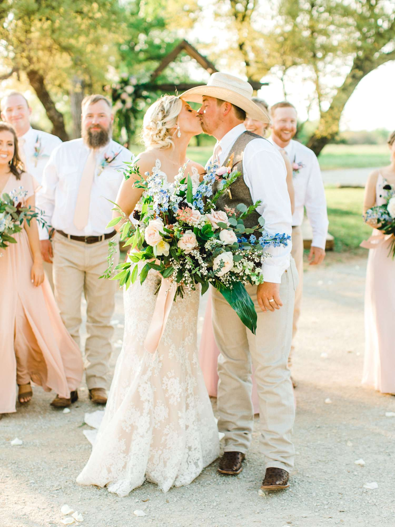 SARAH+TREVOR+BADGETT+SPARROW+CREEK+GRAHAM+TEXAS+ALLEEJ+WEDDINGS_0089.jpg