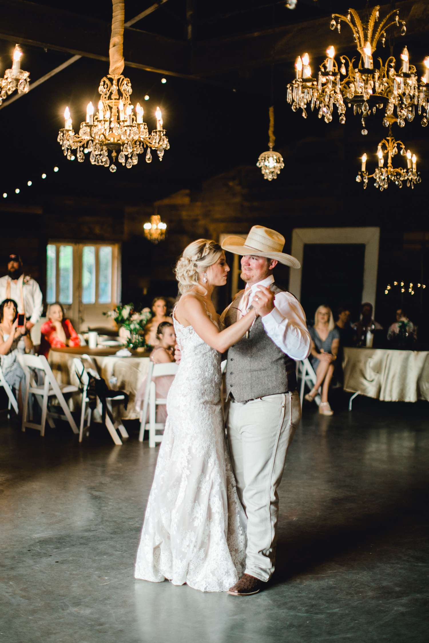 SARAH+TREVOR+BADGETT+SPARROW+CREEK+GRAHAM+TEXAS+ALLEEJ+WEDDINGS_0118.jpg