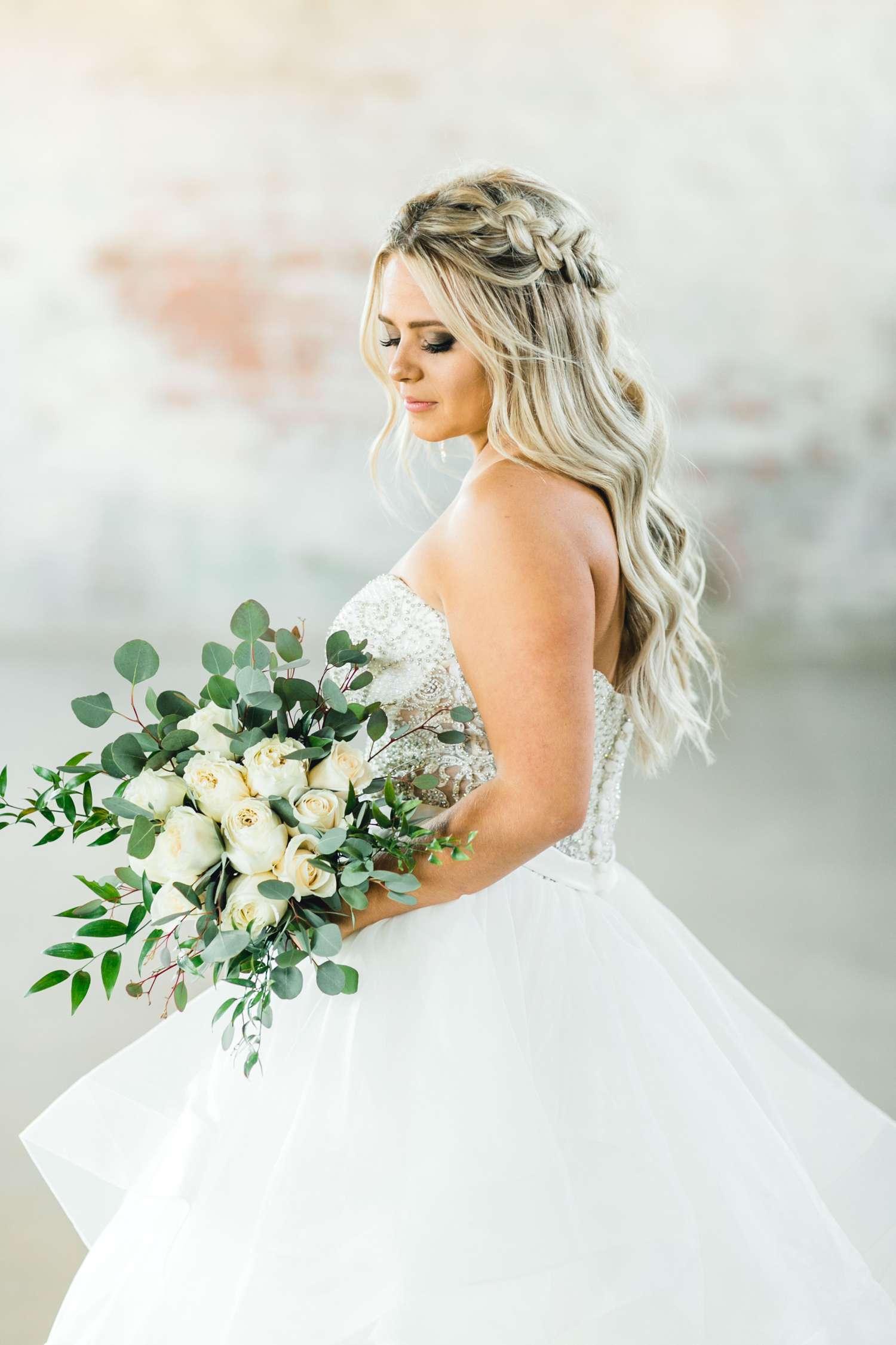 HAYLEE_DAVIS_ALLEEJ_LUBBOCK_WEDDING_PHOTOGRAPHER_BRIDALS_0015.jpg