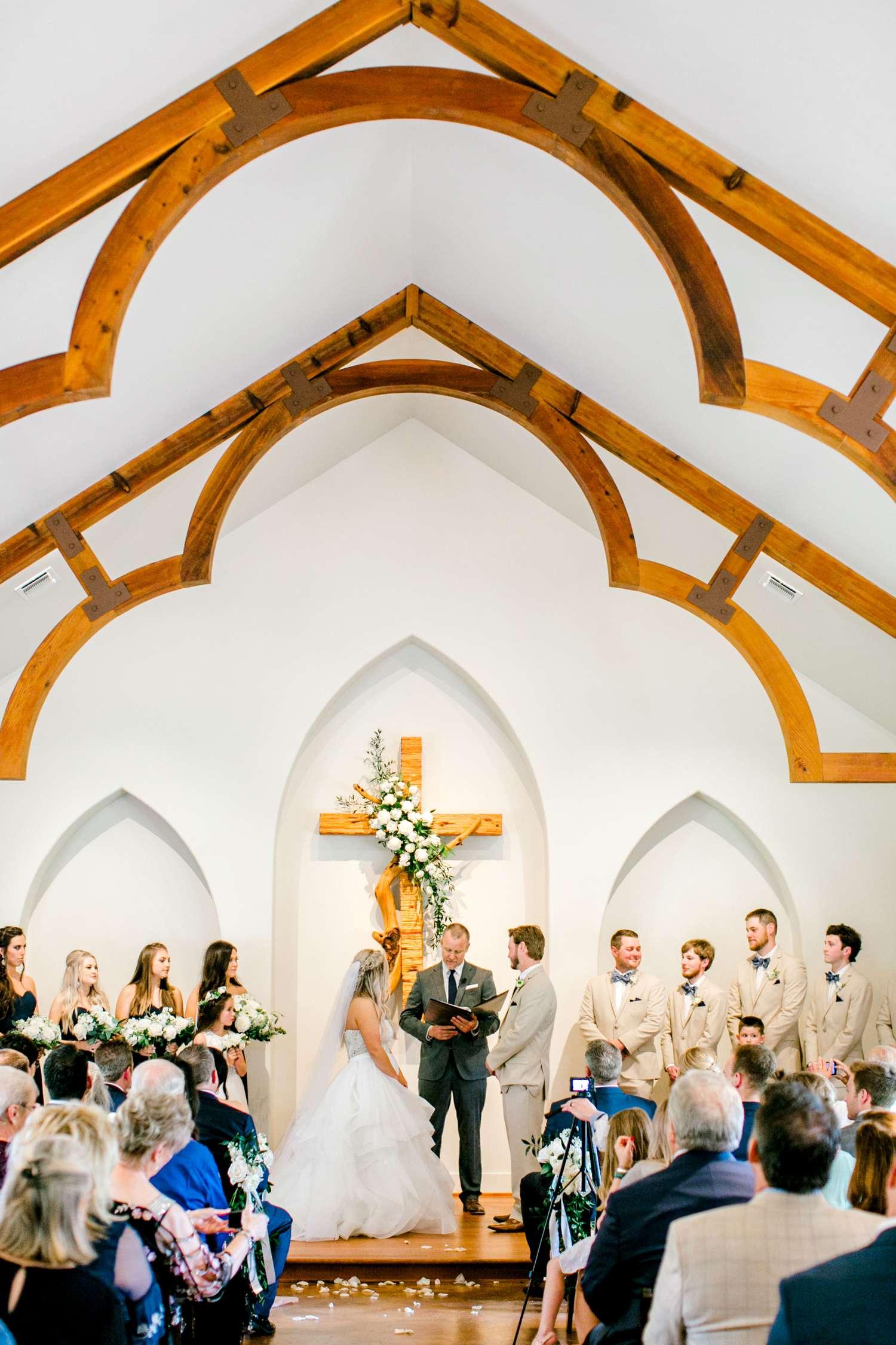 HAYLEE+JUSTIN+GREGORY+HERITAGE_HAUS_AUSTIN_TEXAS_WEDDING_0074.jpg