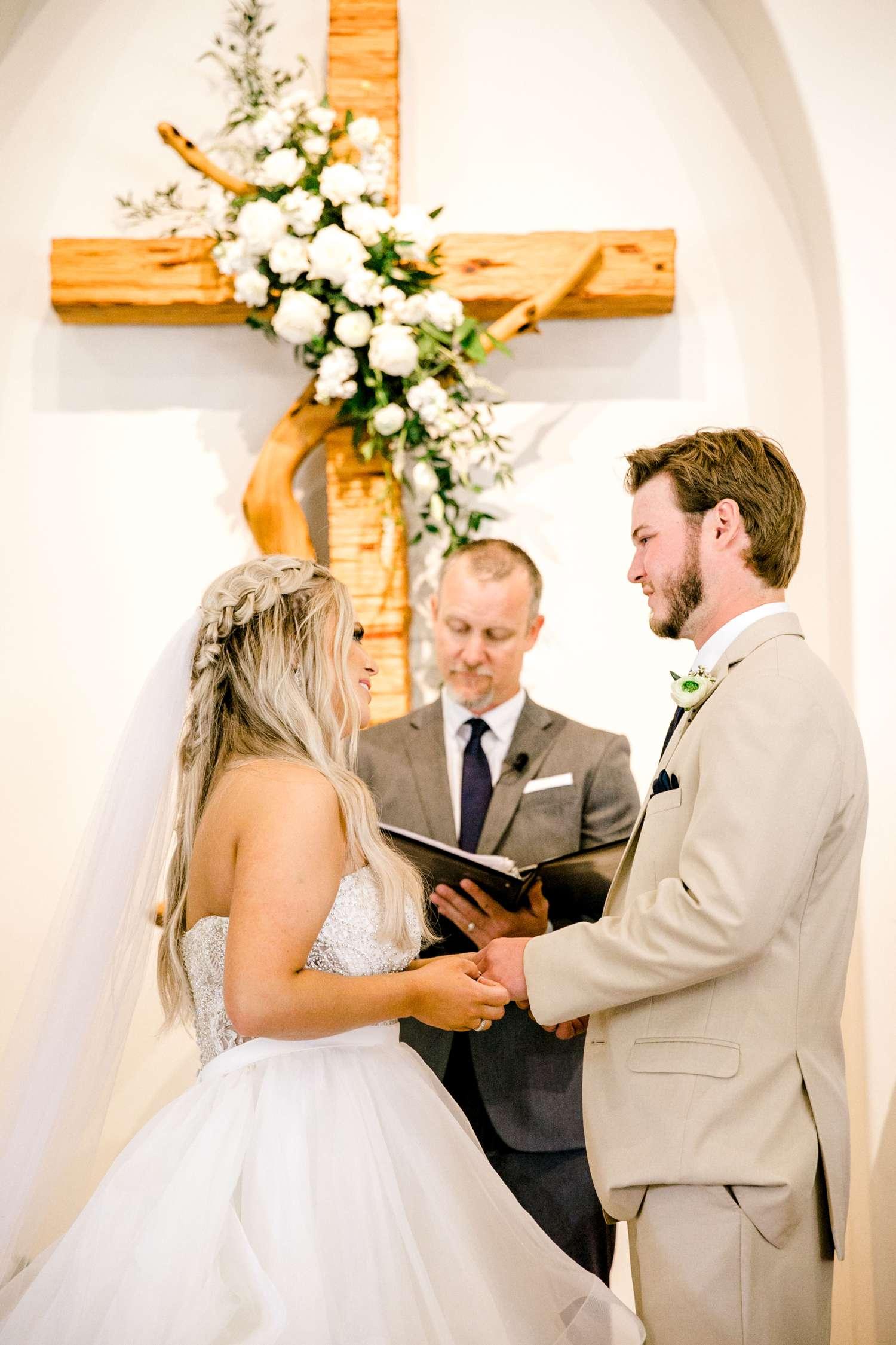 HAYLEE+JUSTIN+GREGORY+HERITAGE_HAUS_AUSTIN_TEXAS_WEDDING_0082.jpg