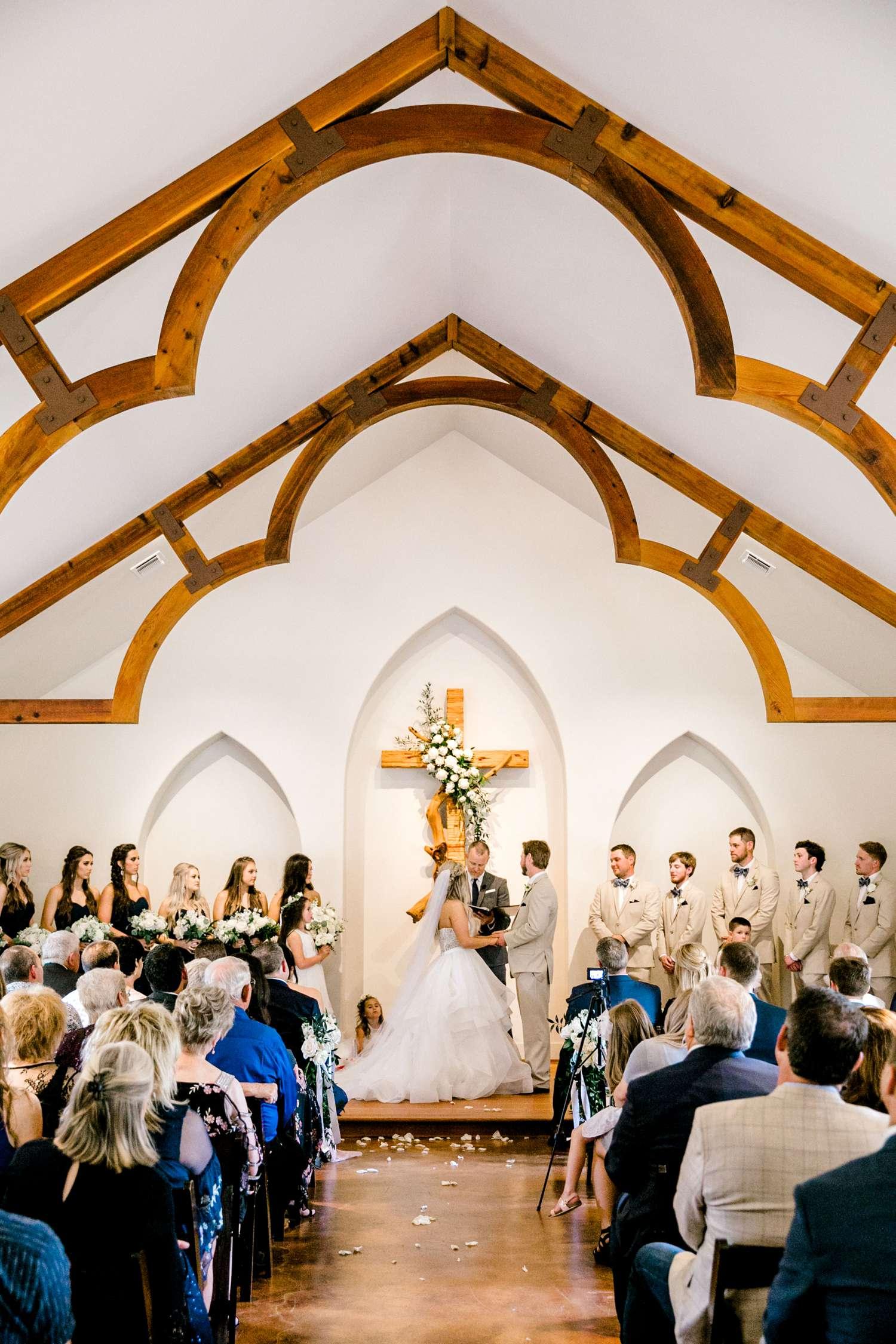 HAYLEE+JUSTIN+GREGORY+HERITAGE_HAUS_AUSTIN_TEXAS_WEDDING_0085.jpg