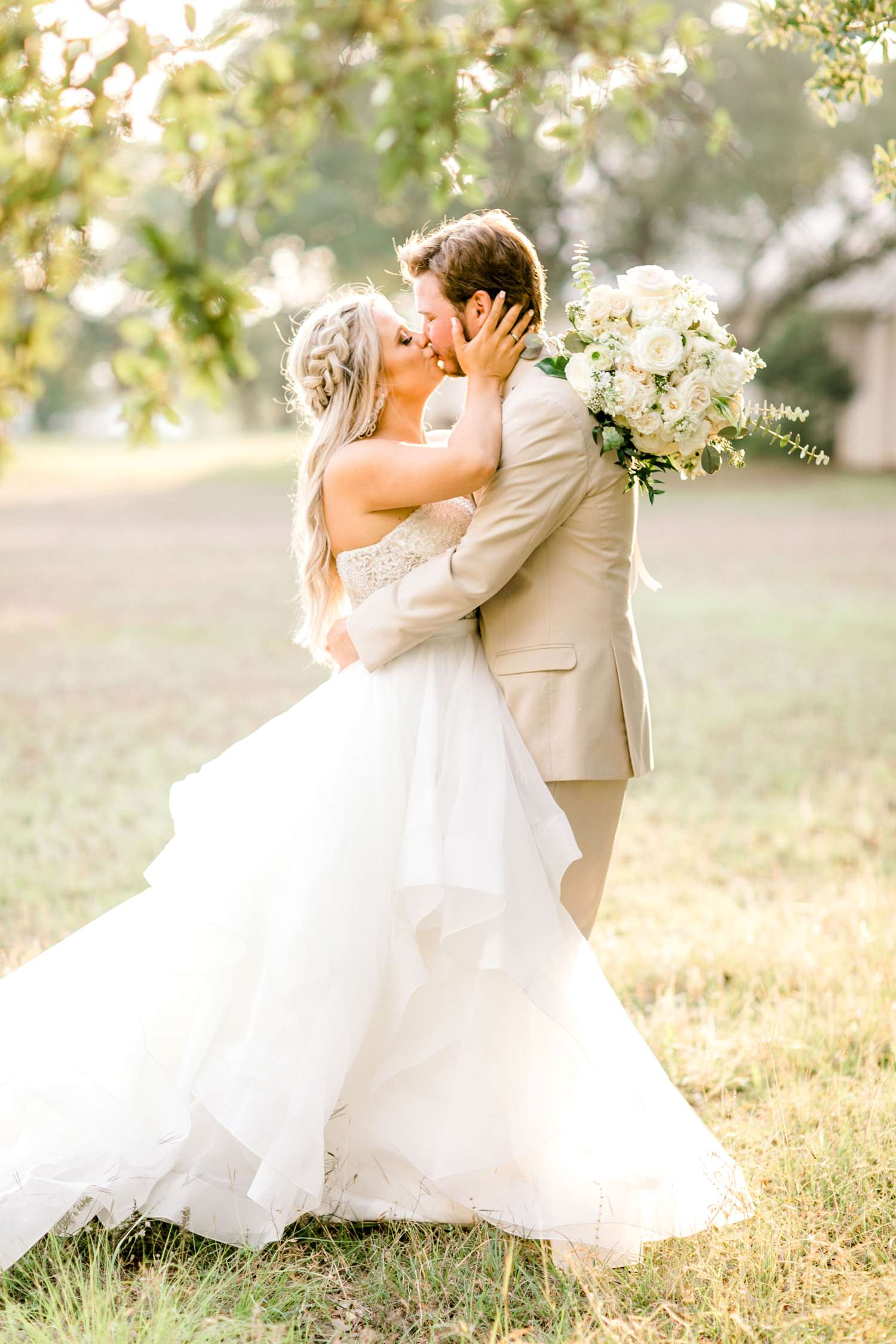 HAYLEE+JUSTIN+GREGORY+HERITAGE_HAUS_AUSTIN_TEXAS_WEDDING_0119.jpg