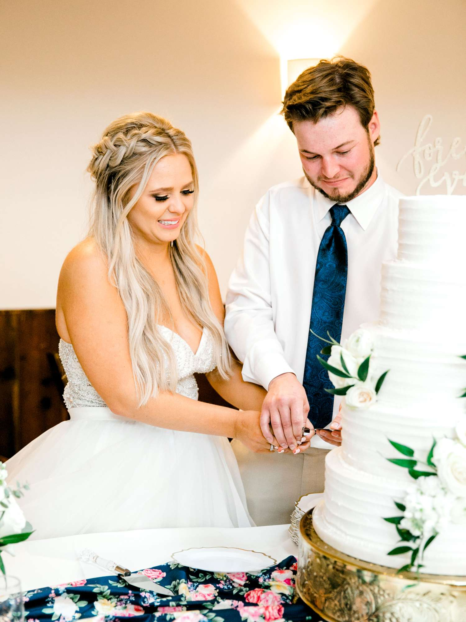 HAYLEE+JUSTIN+GREGORY+HERITAGE_HAUS_AUSTIN_TEXAS_WEDDING_0161.jpg
