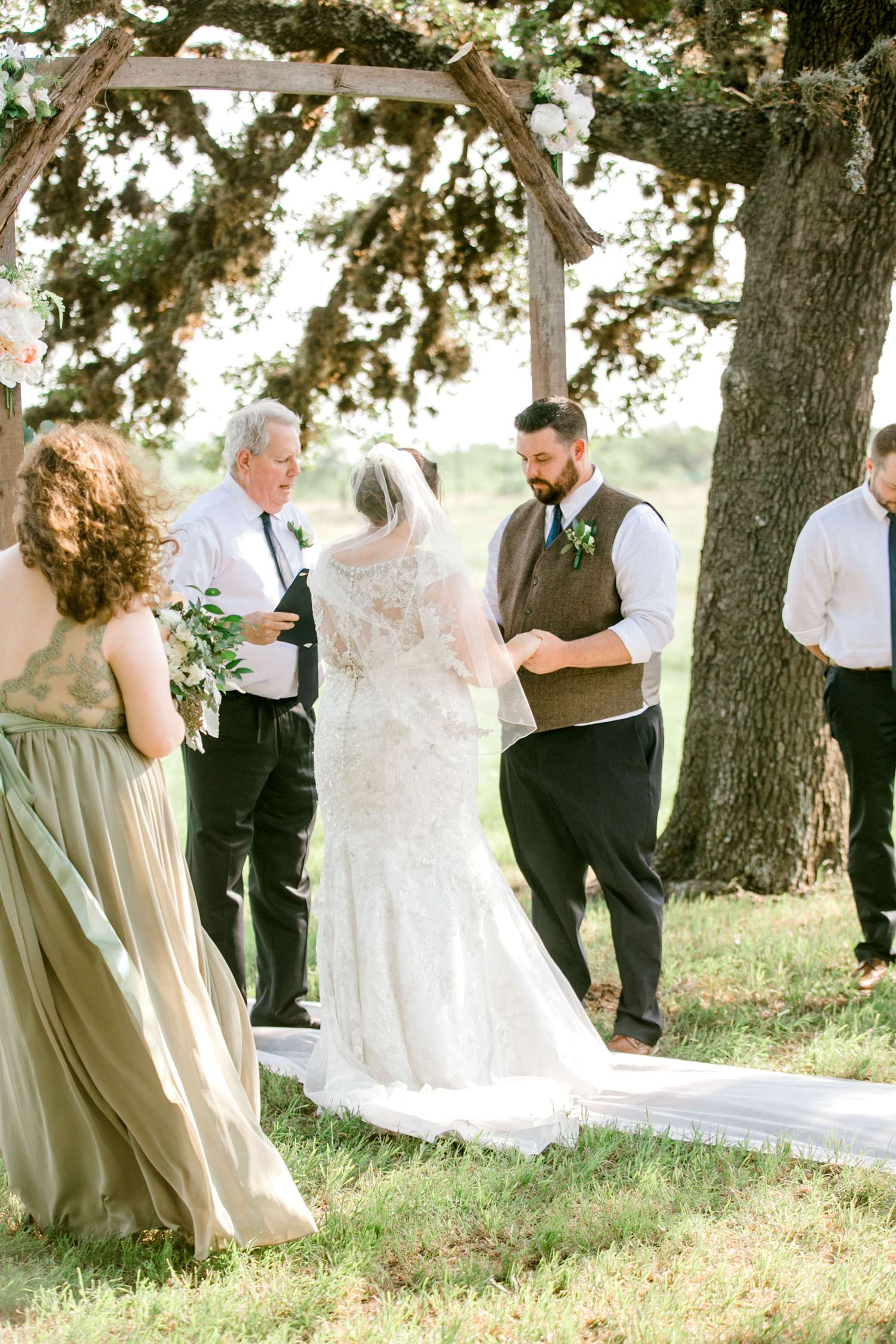 CHELSEA_AND_NICK_ADAMS_FREDRICKSBURG_WEDDING_ALLEEJ0057.jpg