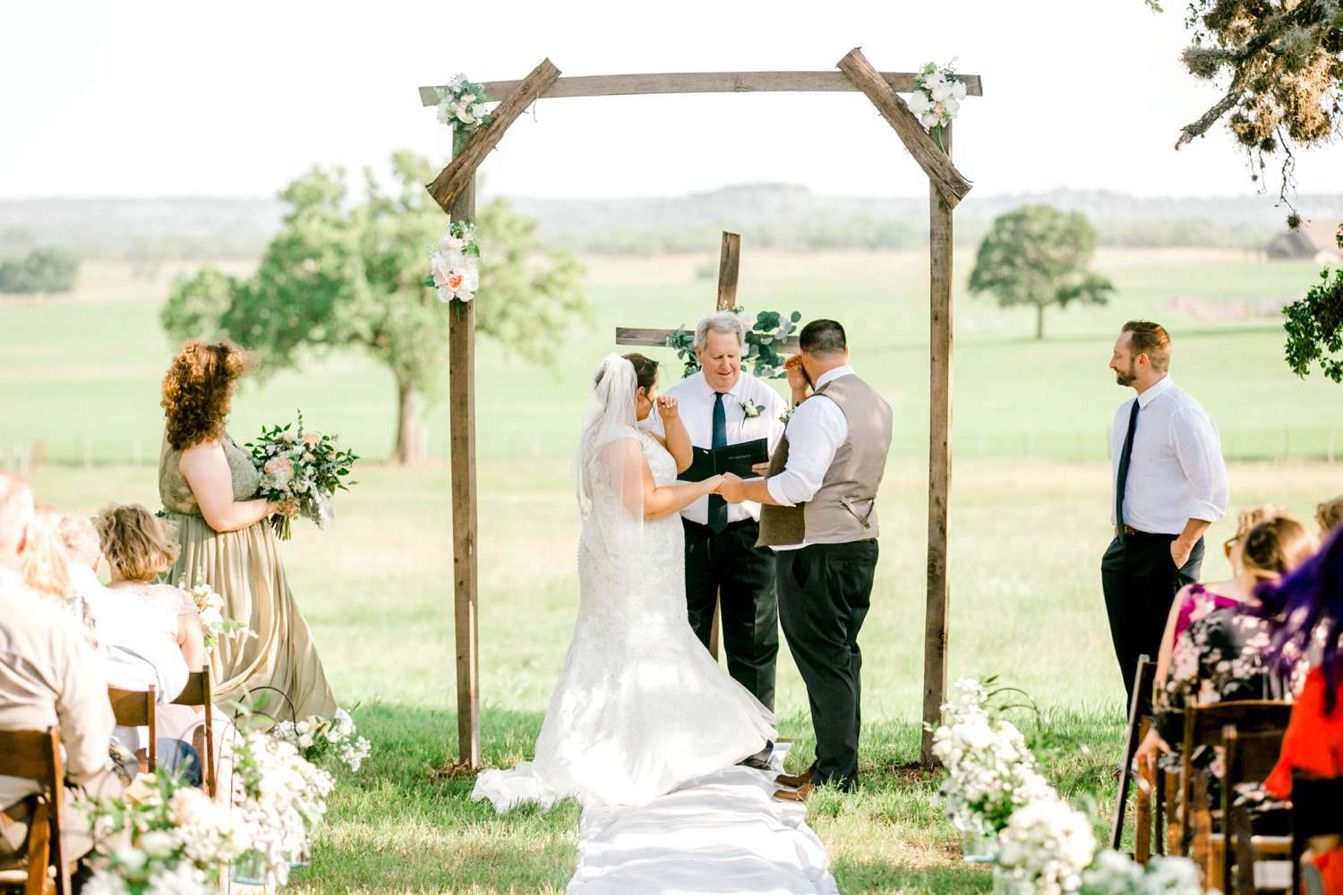 CHELSEA_AND_NICK_ADAMS_FREDRICKSBURG_WEDDING_ALLEEJ0058.jpg