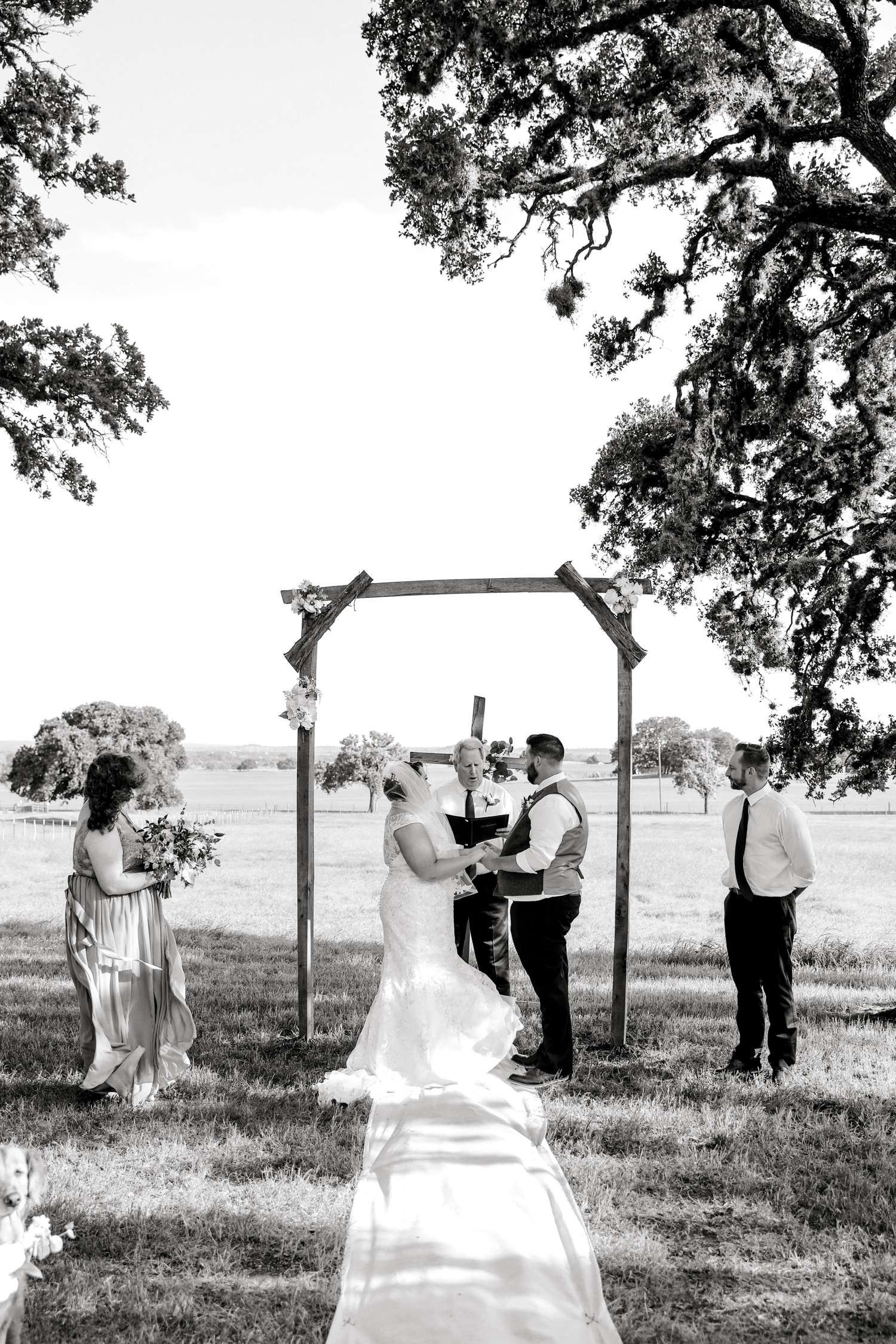 CHELSEA_AND_NICK_ADAMS_FREDRICKSBURG_WEDDING_ALLEEJ0067.jpg