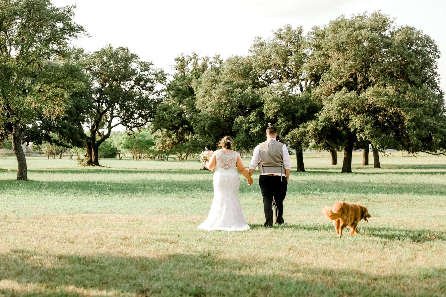 CHELSEA_AND_NICK_ADAMS_FREDRICKSBURG_WEDDING_ALLEEJ0091.jpg