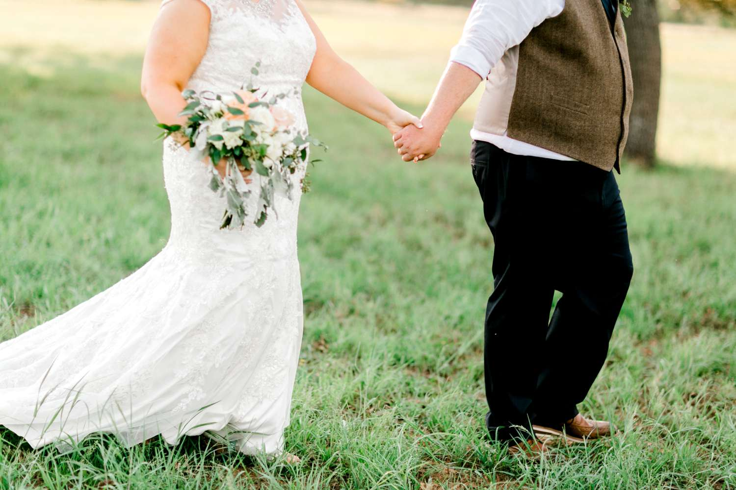 CHELSEA_AND_NICK_ADAMS_FREDRICKSBURG_WEDDING_ALLEEJ0112.jpg