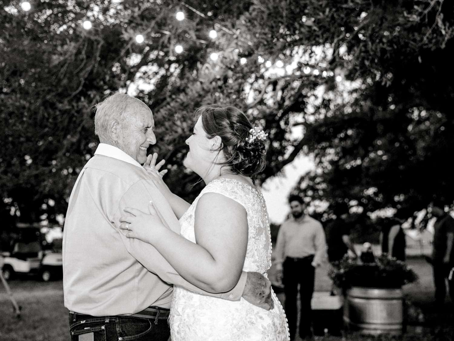 CHELSEA_AND_NICK_ADAMS_FREDRICKSBURG_WEDDING_ALLEEJ0167.jpg