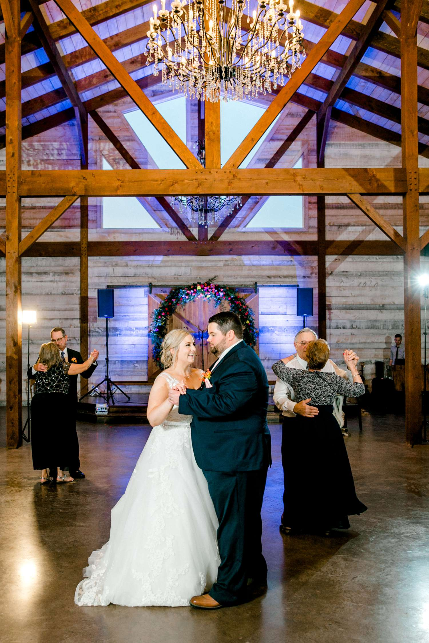 TIMMI+JORDAN_IRVINE_EBERLEY_BROOKS_EVENTS_ALLEEJ_WEDDINGS_0123.jpg
