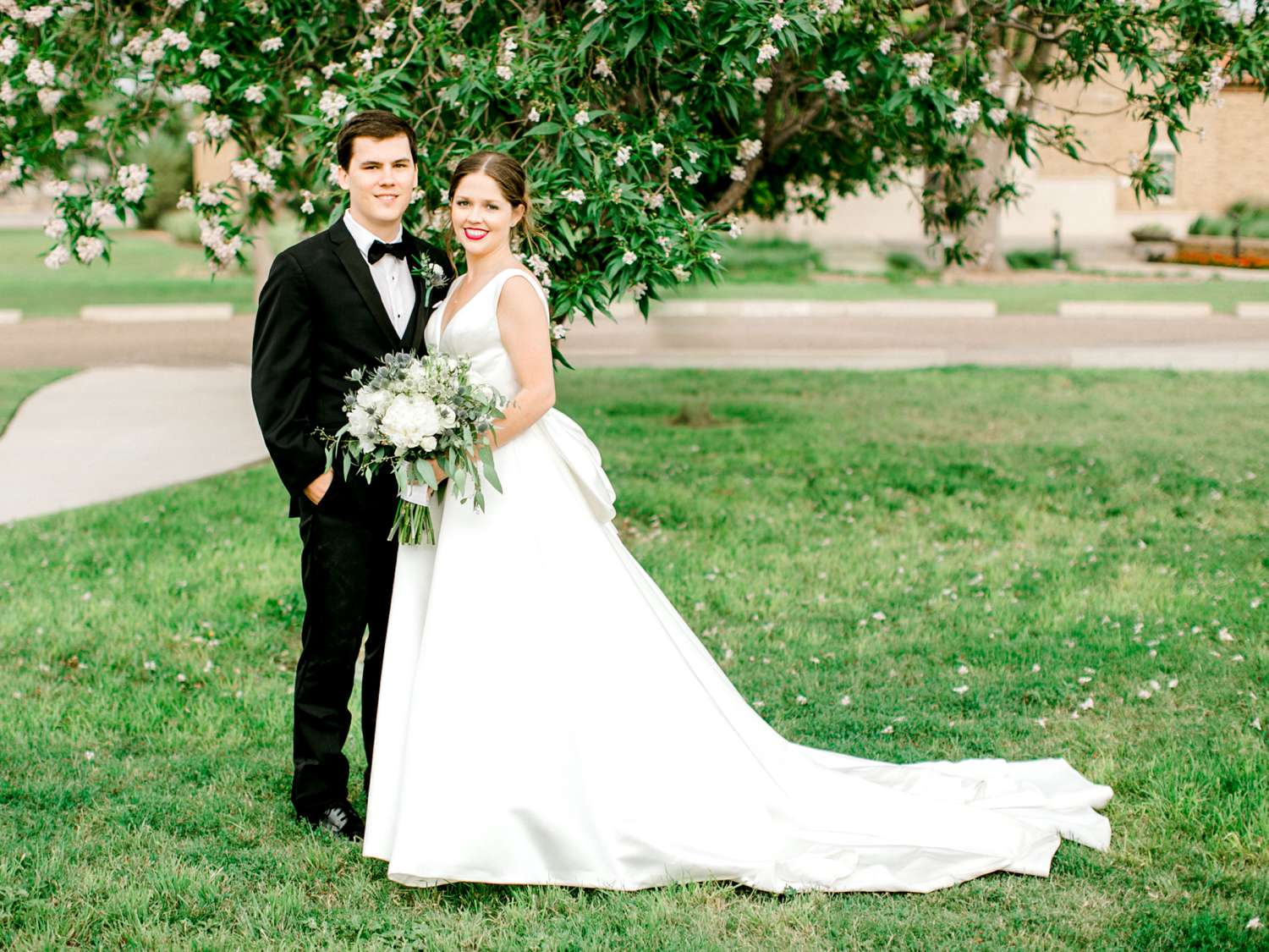 HANNAH+CRAIG+CHILDS+TEXAS+TECH+WEDDING+ALLEEJ+LUBBOCK+PHOTOGRAPHER_0104.jpg