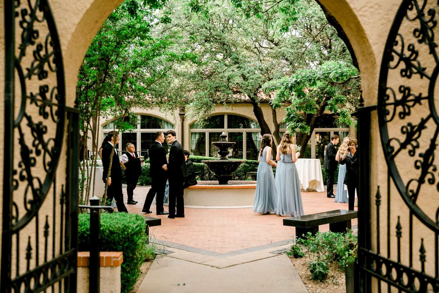HANNAH+CRAIG+CHILDS+TEXAS+TECH+WEDDING+ALLEEJ+LUBBOCK+PHOTOGRAPHER_0115.jpg