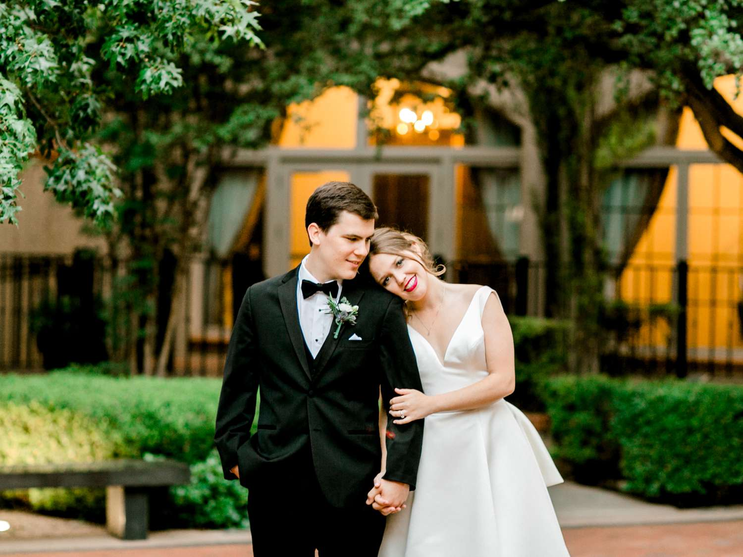 HANNAH+CRAIG+CHILDS+TEXAS+TECH+WEDDING+ALLEEJ+LUBBOCK+PHOTOGRAPHER_0140.jpg