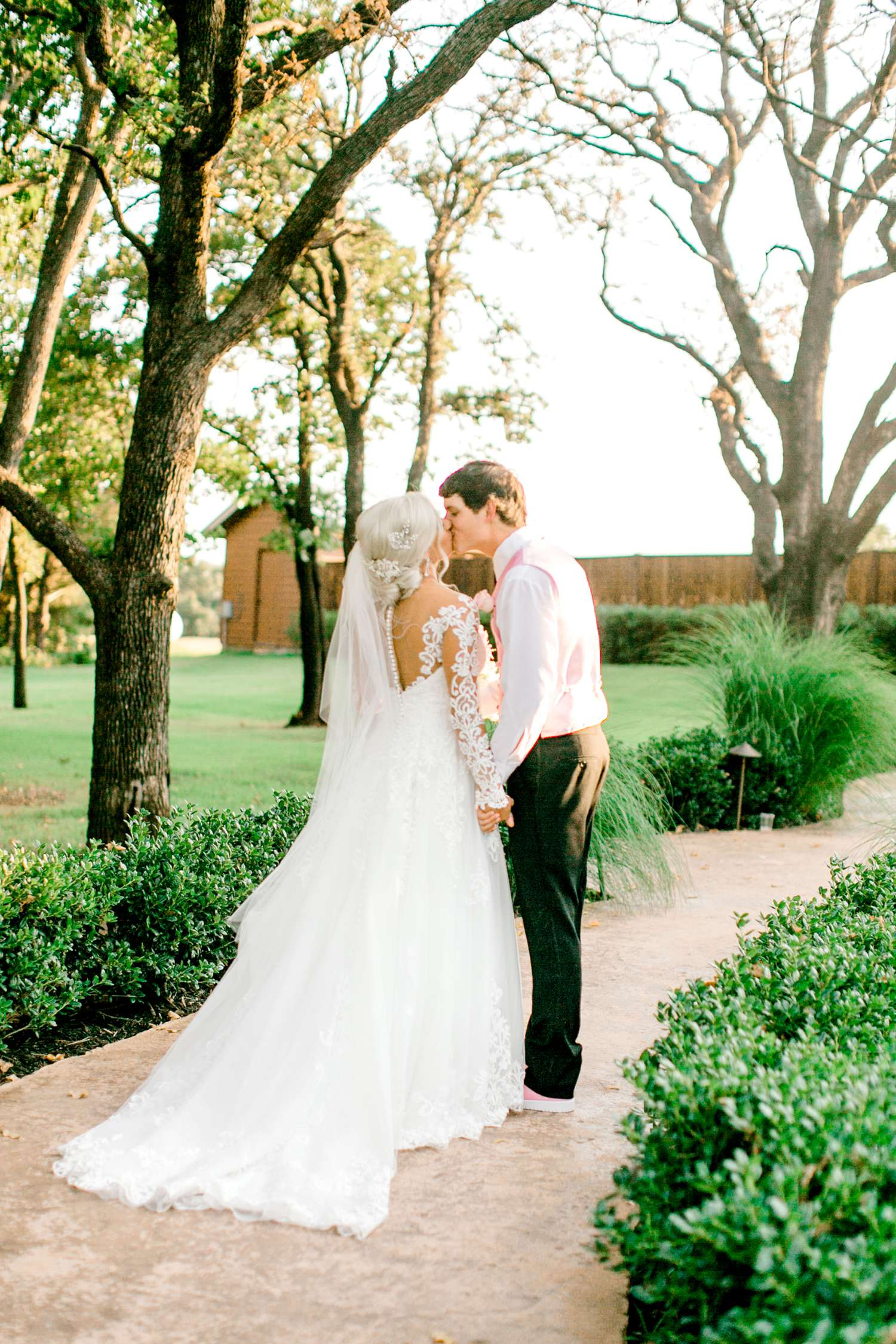 JESSICA+LYLE+NEEL+THE_SPRINGS_EVENTS_WEDDING_OKLAHOMA_ALLEEJ_PHOTOGRAPHER_0097.jpg