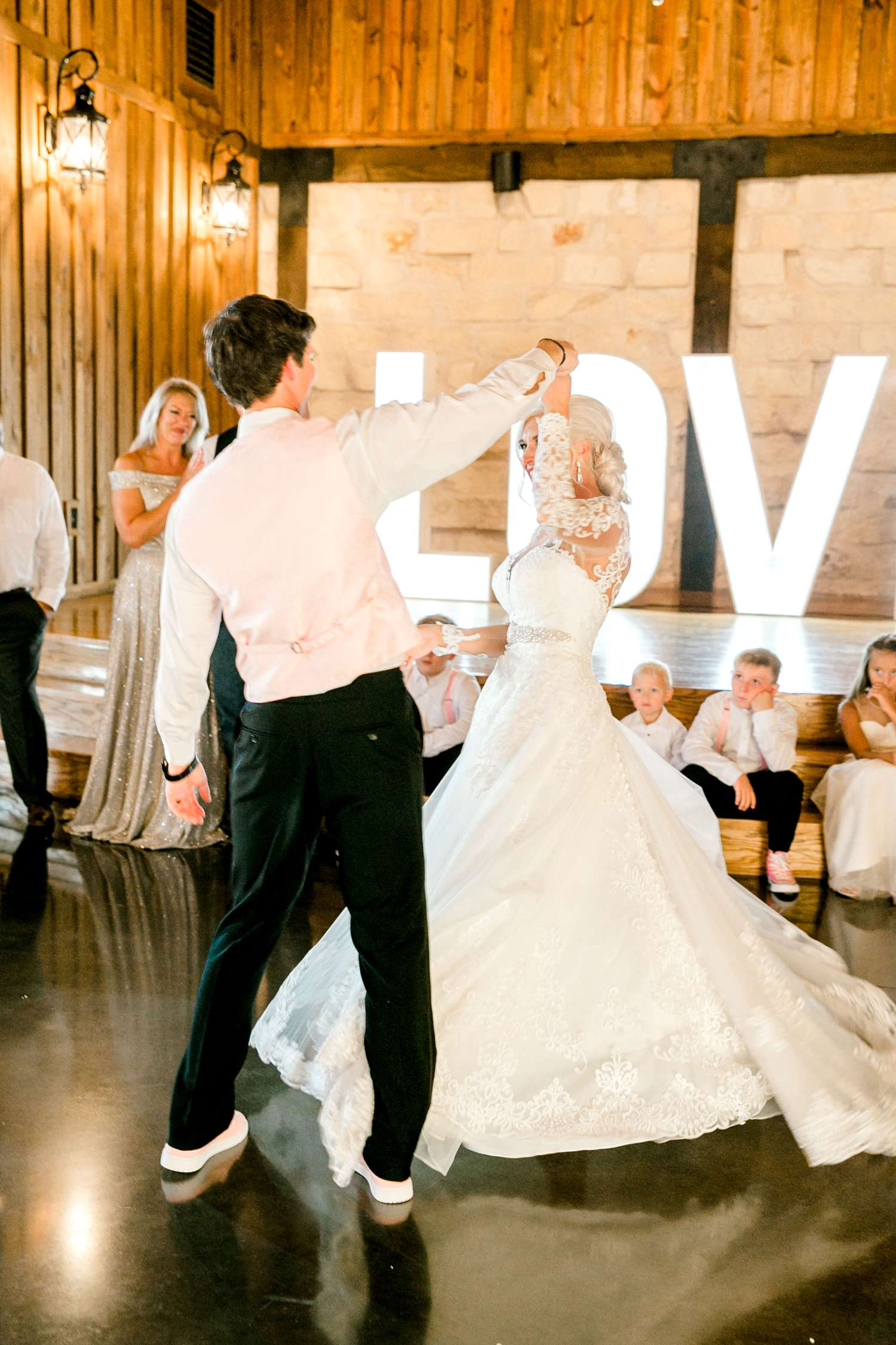 JESSICA+LYLE+NEEL+THE_SPRINGS_EVENTS_WEDDING_OKLAHOMA_ALLEEJ_PHOTOGRAPHER_0117.jpg