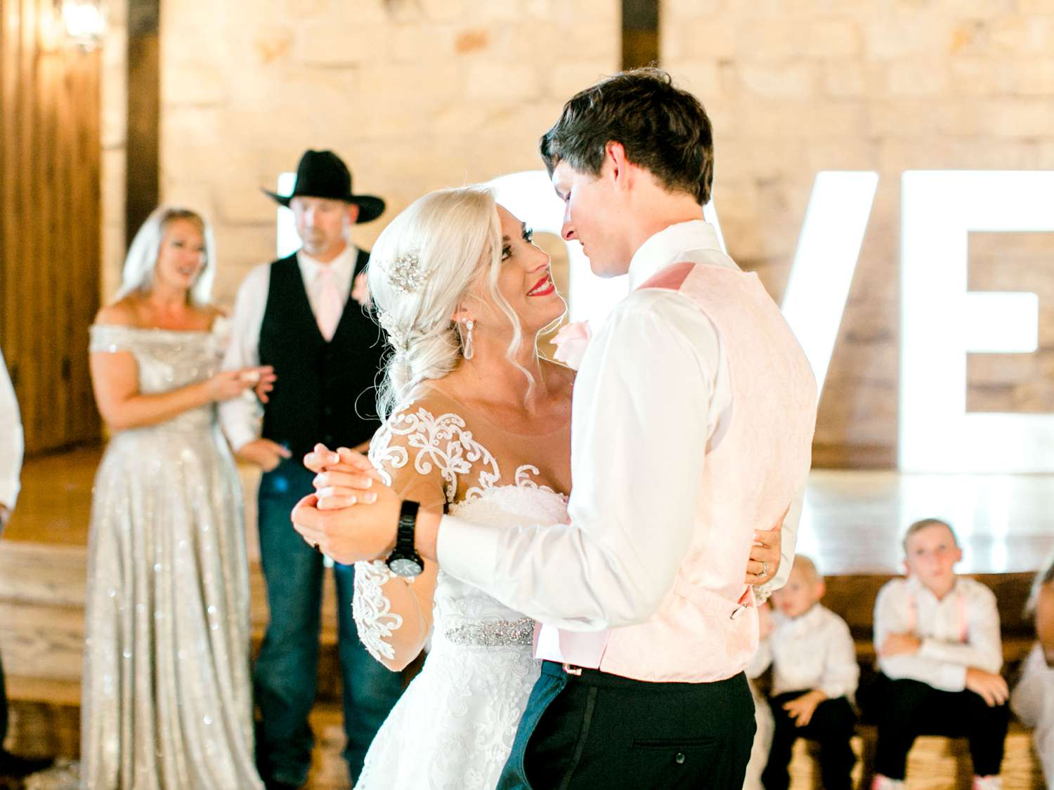 JESSICA+LYLE+NEEL+THE_SPRINGS_EVENTS_WEDDING_OKLAHOMA_ALLEEJ_PHOTOGRAPHER_0120.jpg