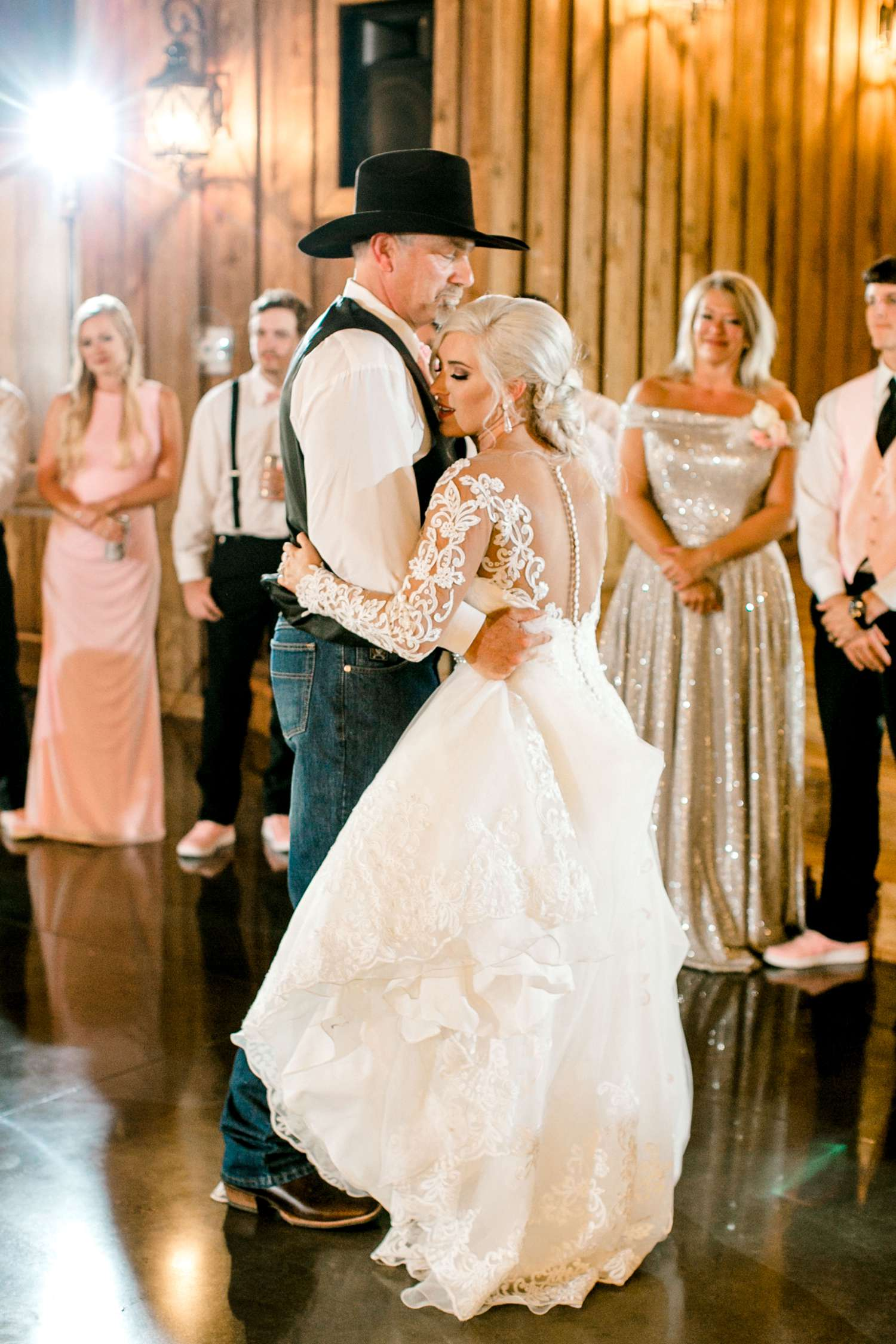 JESSICA+LYLE+NEEL+THE_SPRINGS_EVENTS_WEDDING_OKLAHOMA_ALLEEJ_PHOTOGRAPHER_0128.jpg