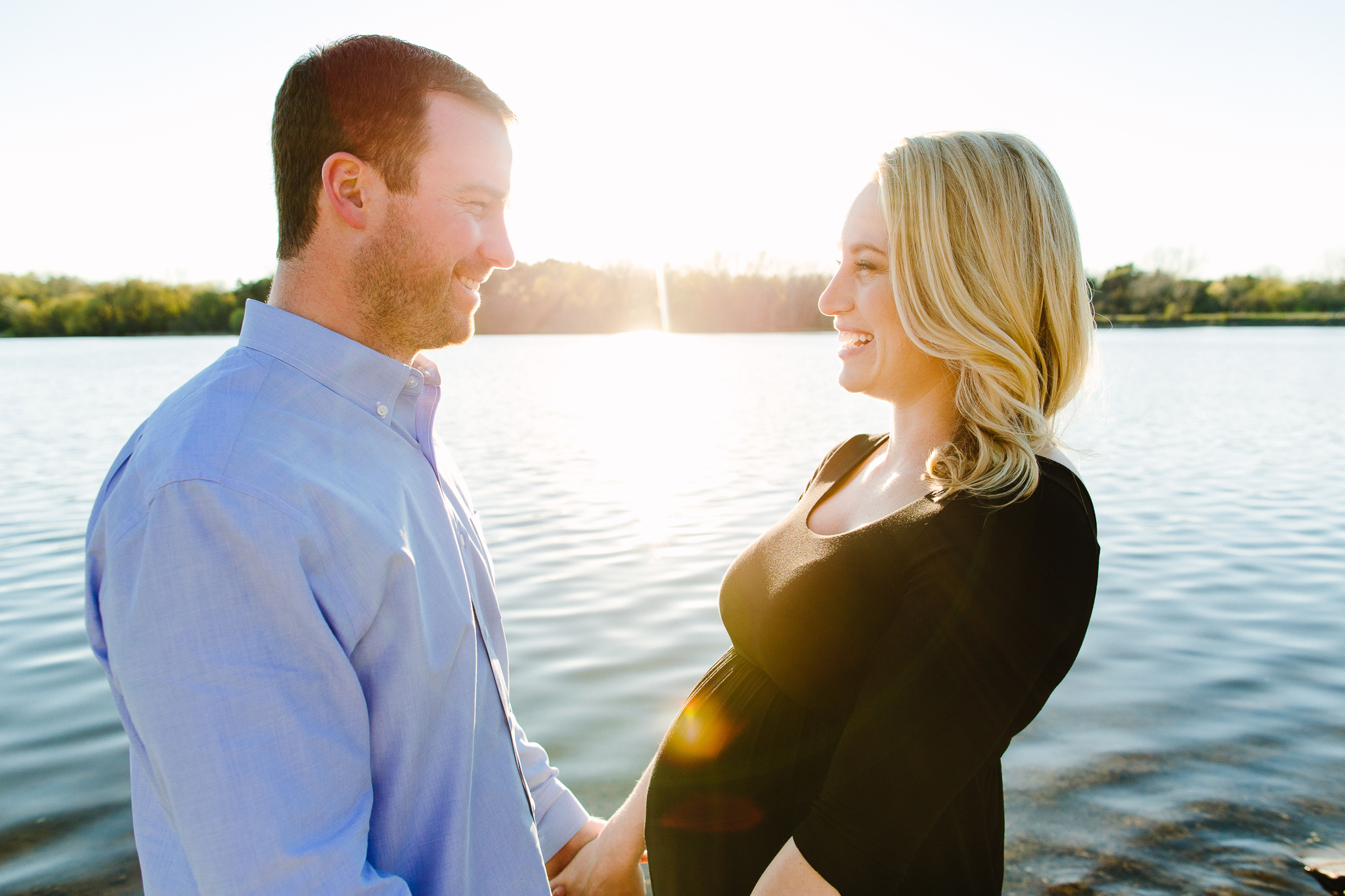 Maternity Photos at Lake Stevens Washington