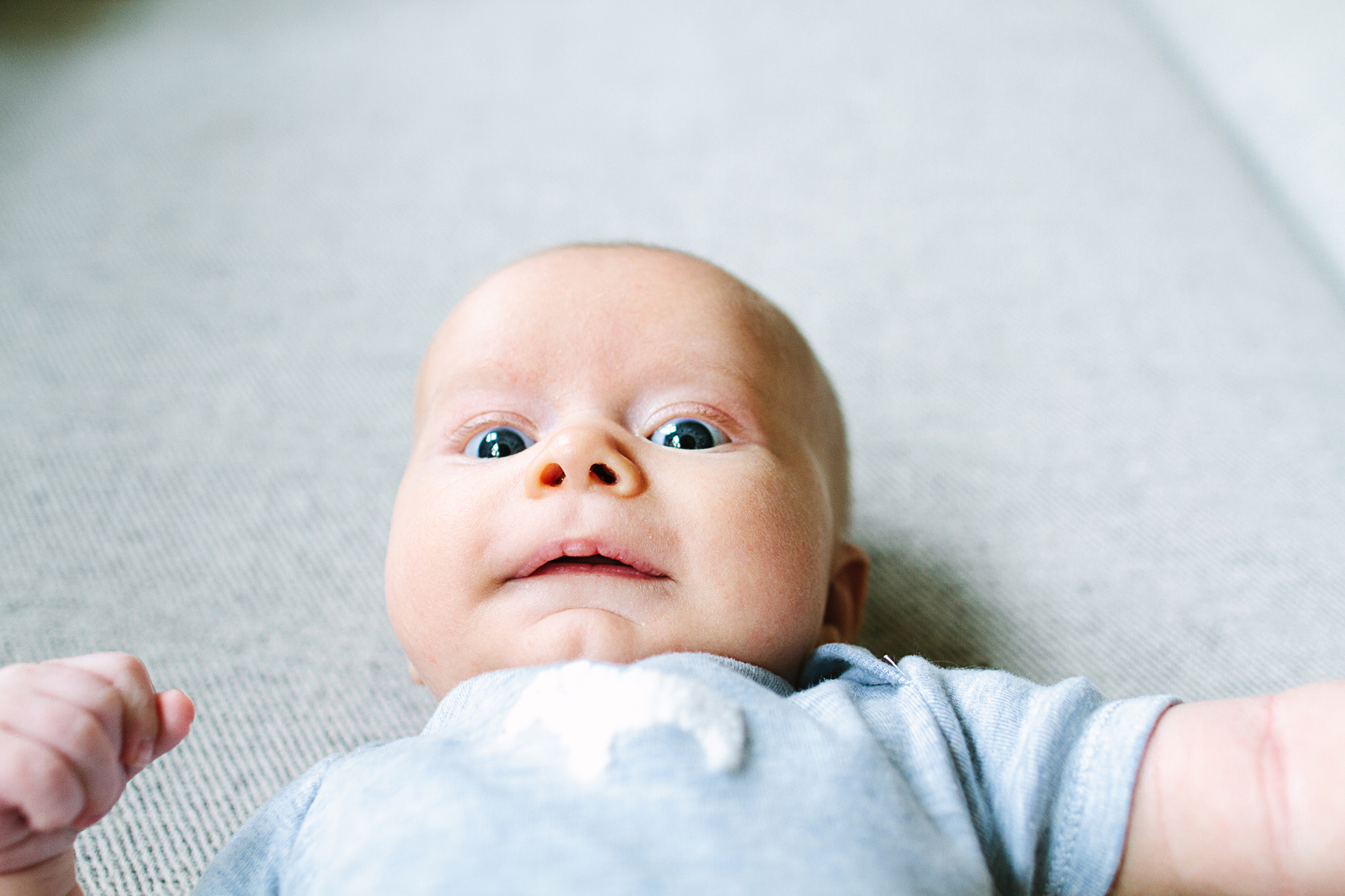 Seattle Lifestyle Newborn Photos At Home