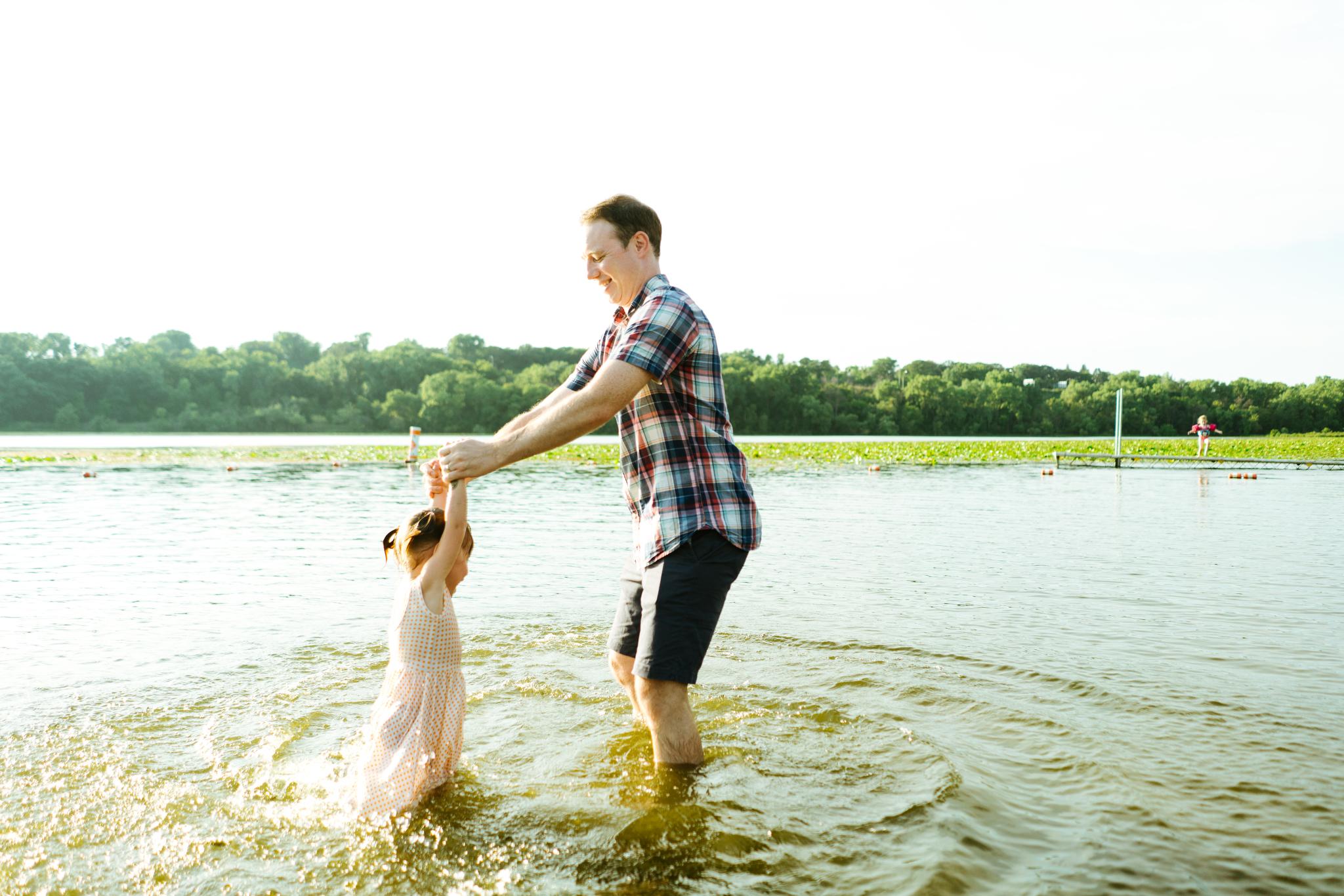 Family Photos at Green Lake in Seattle, Washington