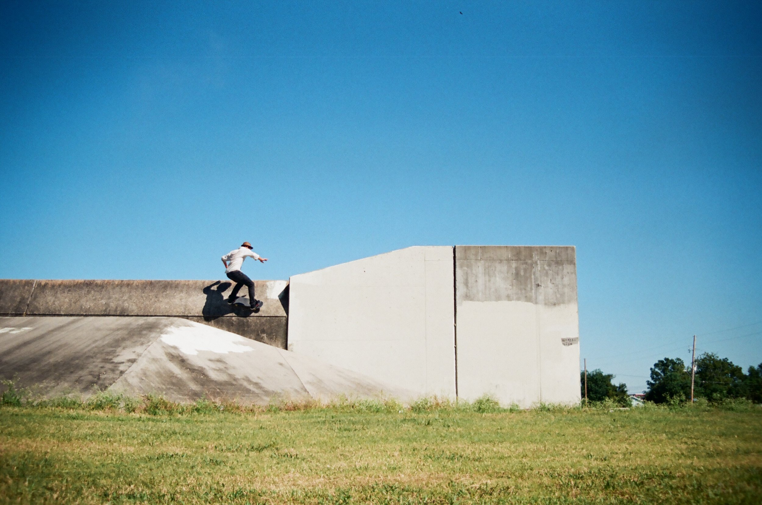 Ryan NOLA Levee Wallride.jpg
