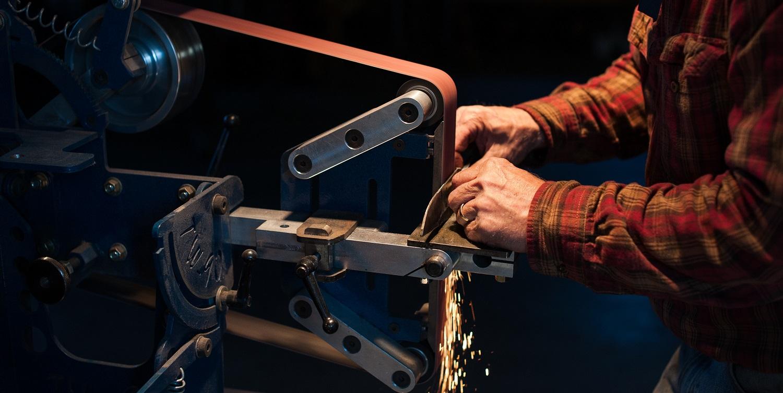 hands-at-grinder.jpg