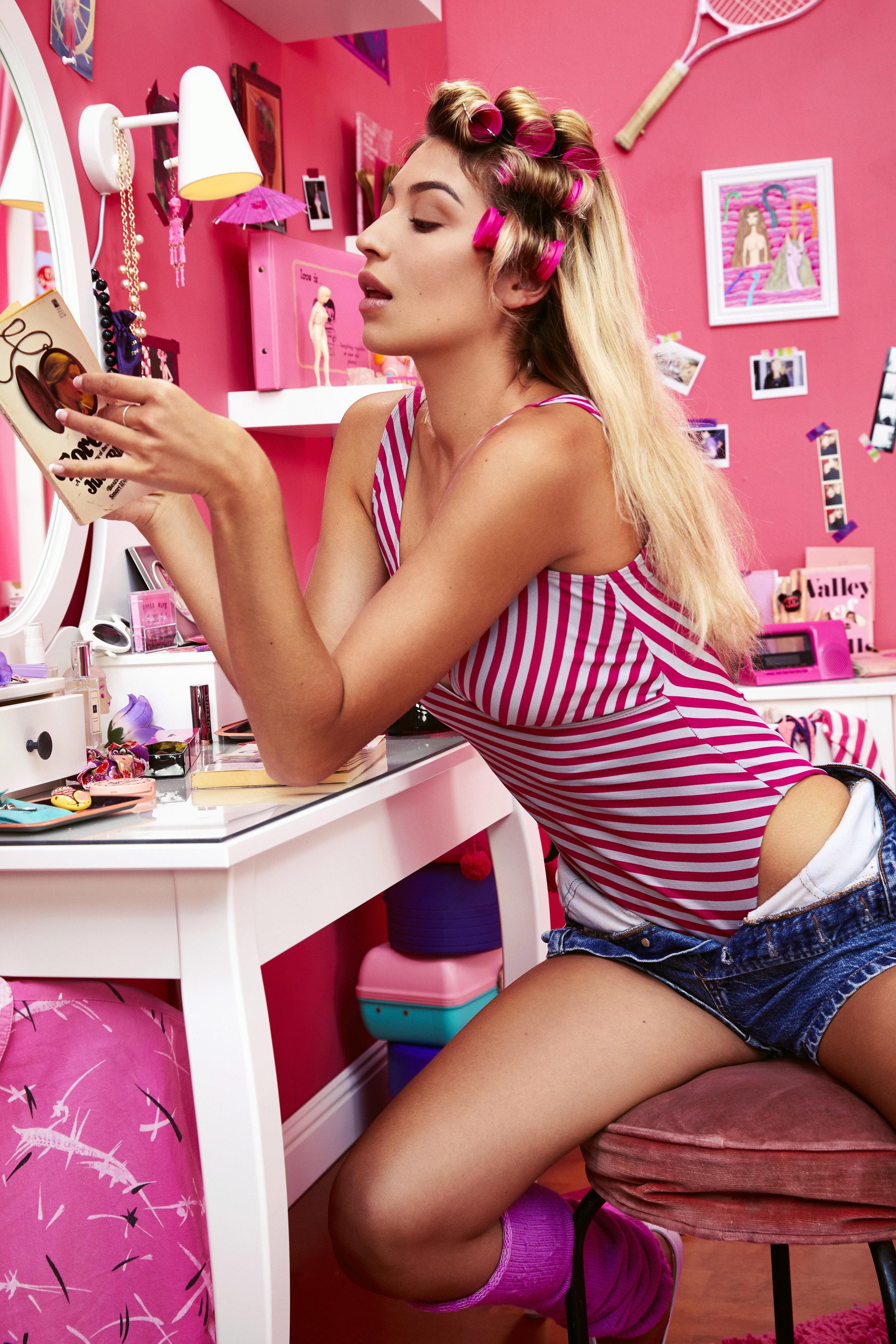 180826_pink_room_test_look1_0571_edit.jpg