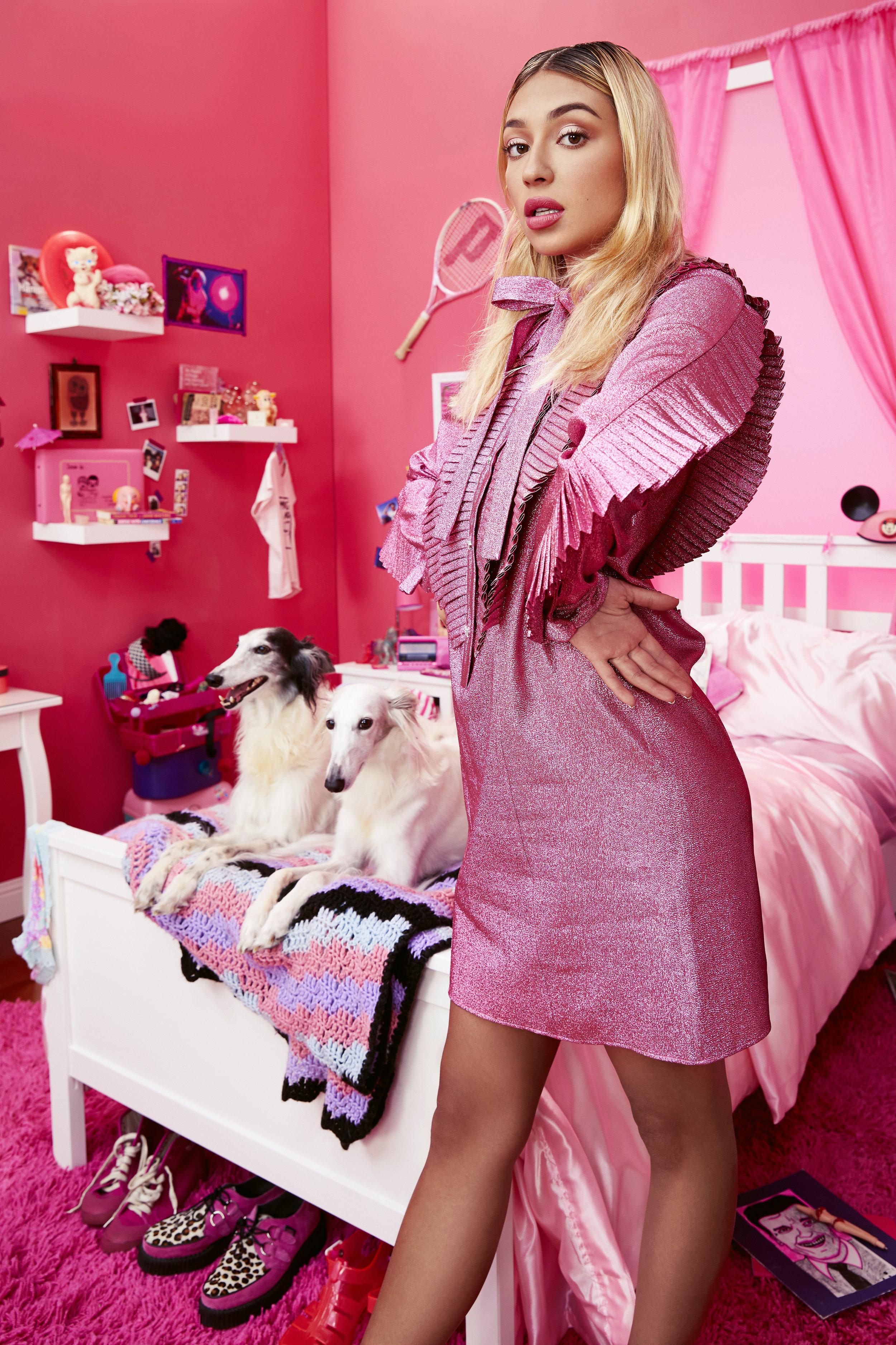 180826_pink_room_test_look2_1112_edit.jpg