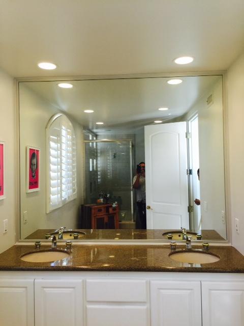 Double sink bath.JPG