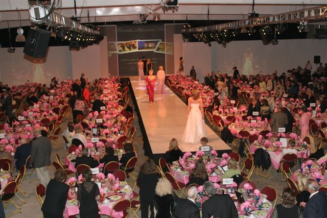 Fashion Show 2006.04.JPG