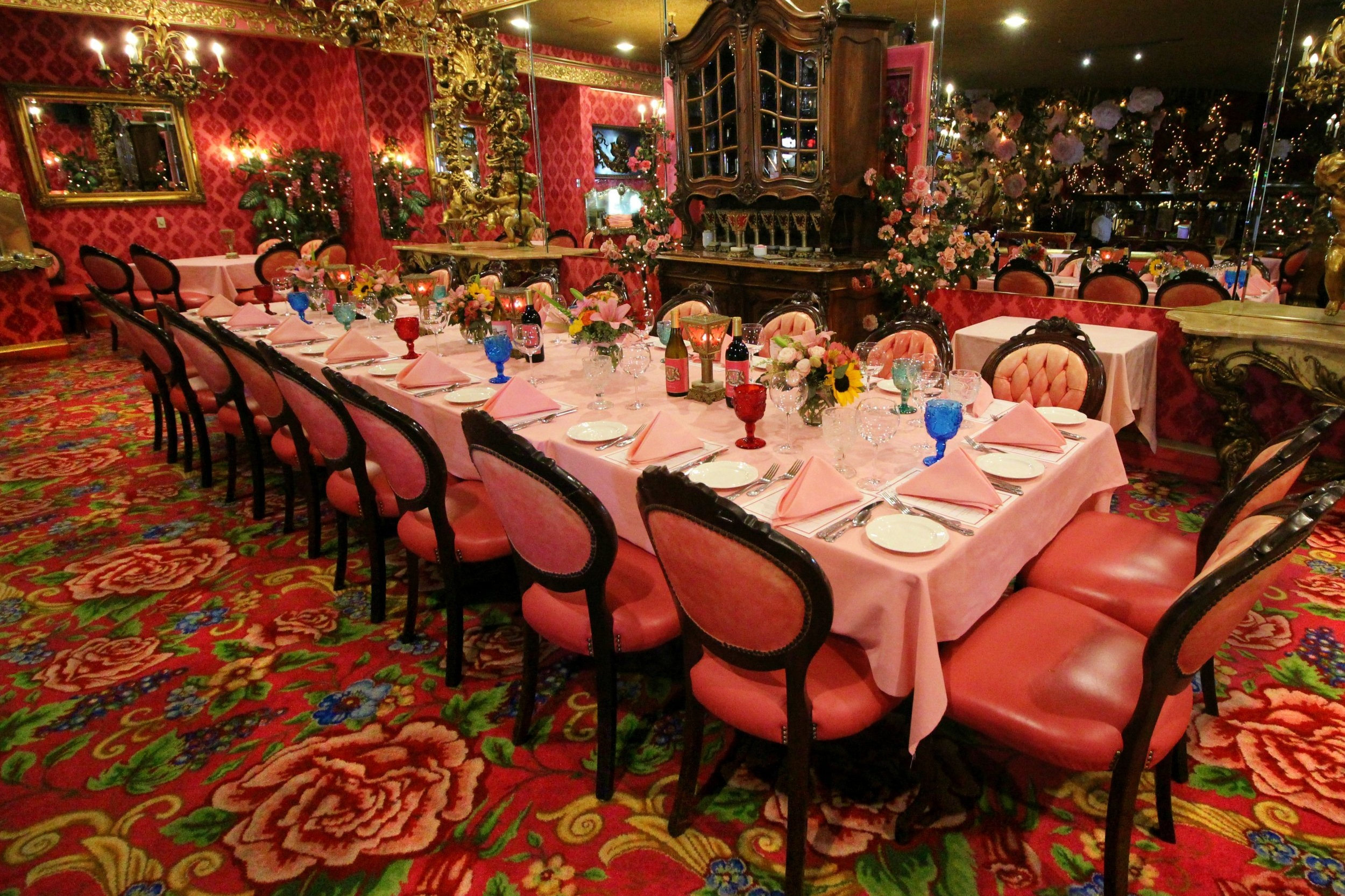 Banquets & Events - Let us help plan your next corporate event, celebration, birthday bash or holiday gathering.Banquet Office HoursMonday - Saturday | 9:00 a.m. to 5:00 p.m.(805) 784-2410| banquets@madonnainn.com