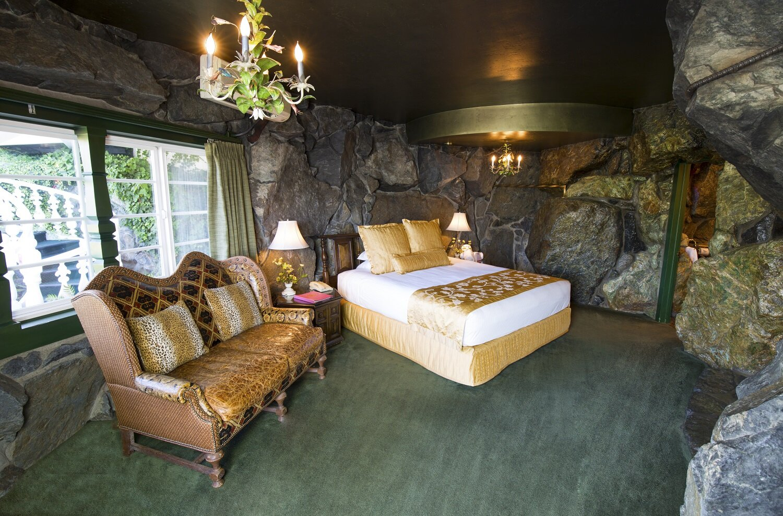 Room 130 Yosemite Rock Madonna Inn