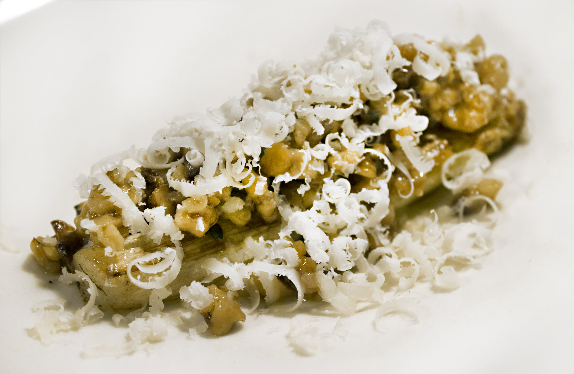 White Asparagus, Walnuts & Spenwood.jpg