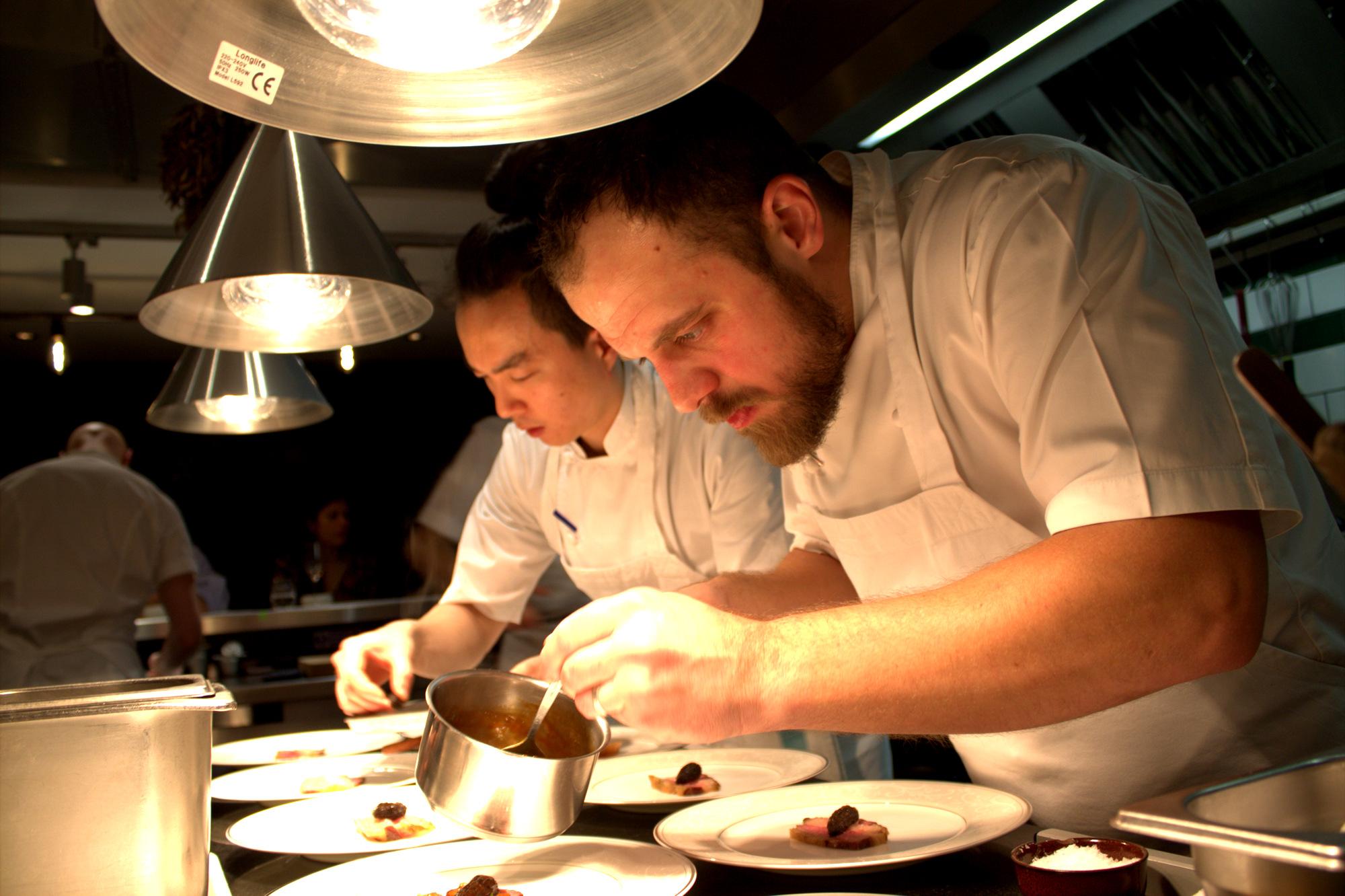 Executive Chef:James Knappett - Cuisine: Modern BritishMichelin: Two StarsAA: Three RosettesTwitter: @bubbledogsktInstagram: @kitchentable1Address: 70 Charlotte St, Fitzrovia, London W1T 4QQ Phone: 020 7637 7770 Website: kitchentablelondon.co.uk