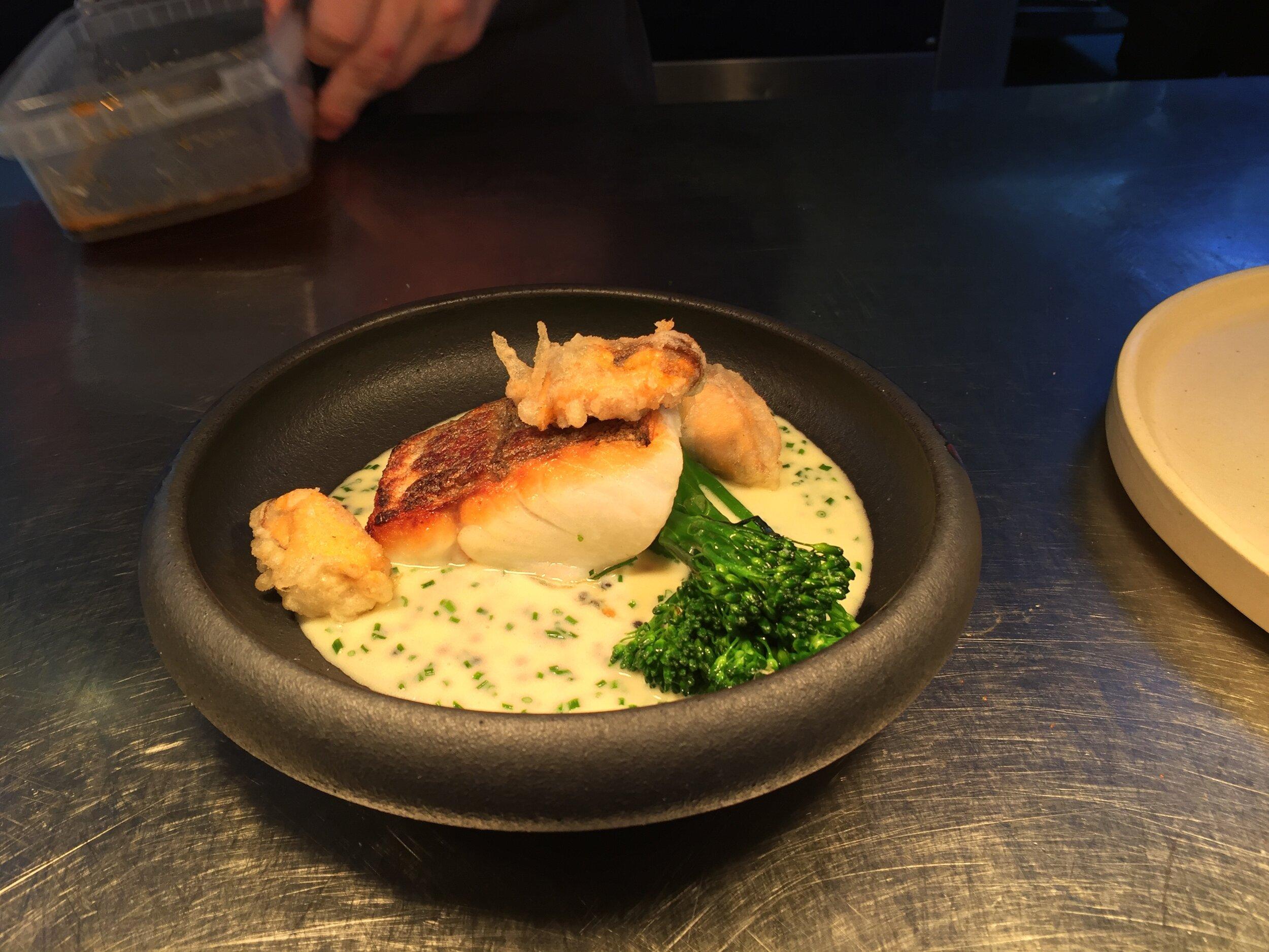 Heaney's Head Chef:Tommy Heaney  - 美食:@Cardiffheaneysinstagram:@HeaneyscardiffAddram:6-10 romilly Cres,Cardiff Cf11 9nrphone:029 2034 1264Website:Heaneyscardiff.co.uk