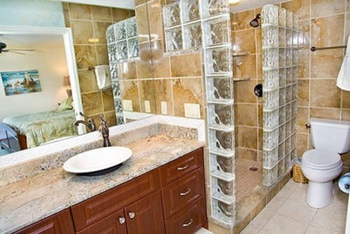 beach-style-bathroom-3.jpg