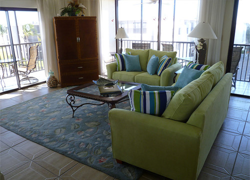 beach-style-living-room-3.jpg
