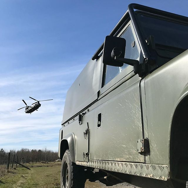 Location, location, location.  If you're doing a military off road driving experience, it's great when it's in the right environment #chinook #landrover #army #offroad #experience #morpeth #eshott #flying #aviation #northumberland