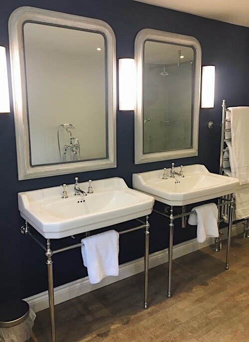 Bathroom designs 1