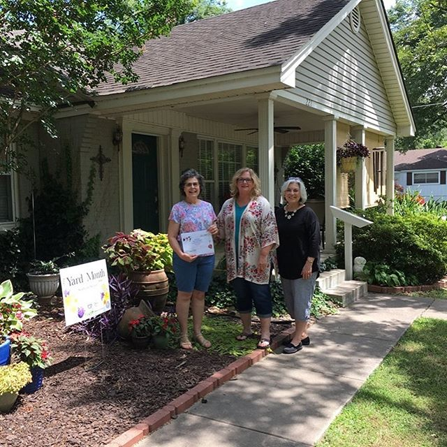 Your #Lonoke2022 Beautification & Recreation Action Team congratulates our Yard of the Month winners for July! #CultivatingCommunityInLonoke #GrownInLonoke #LoveLonoke #BelieveInLonoke  Thanks to our friends @thrivehelena for the design of the Yard of the Month signage!