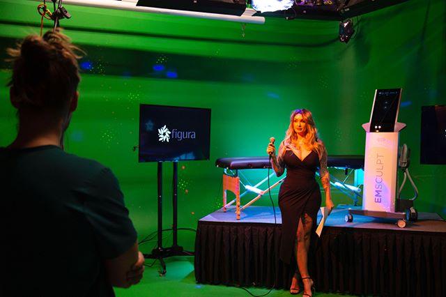 @darthlux in studio for the Emsculpt karaoke competition video.