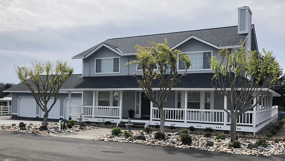 Palmer-Roofing-Sonoma-County-Residential-Petaluma-Ranch-House-1000x563px.png