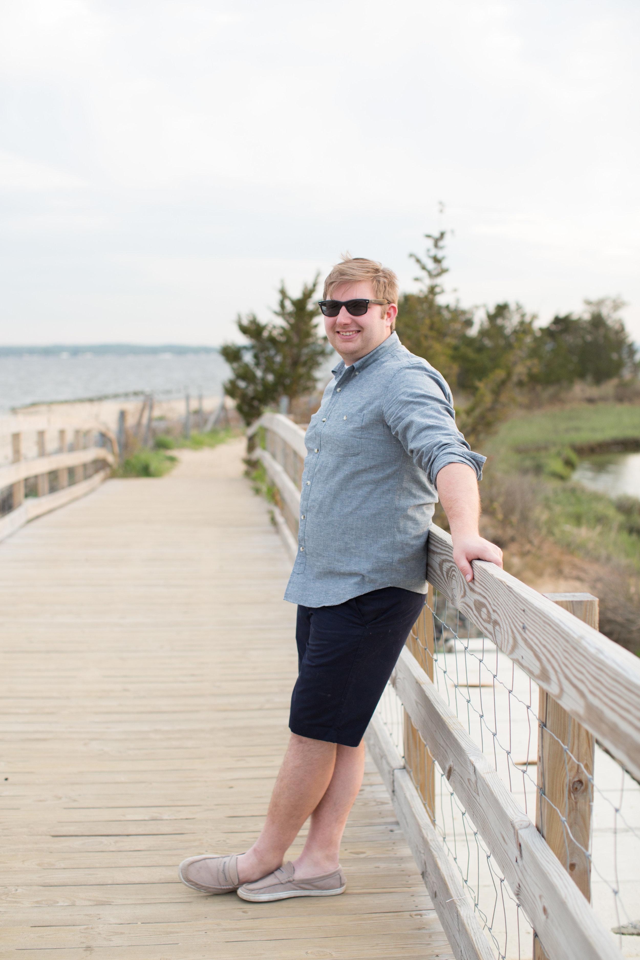 beach engagement photo shoot with jaye kogut photography on boardwalk