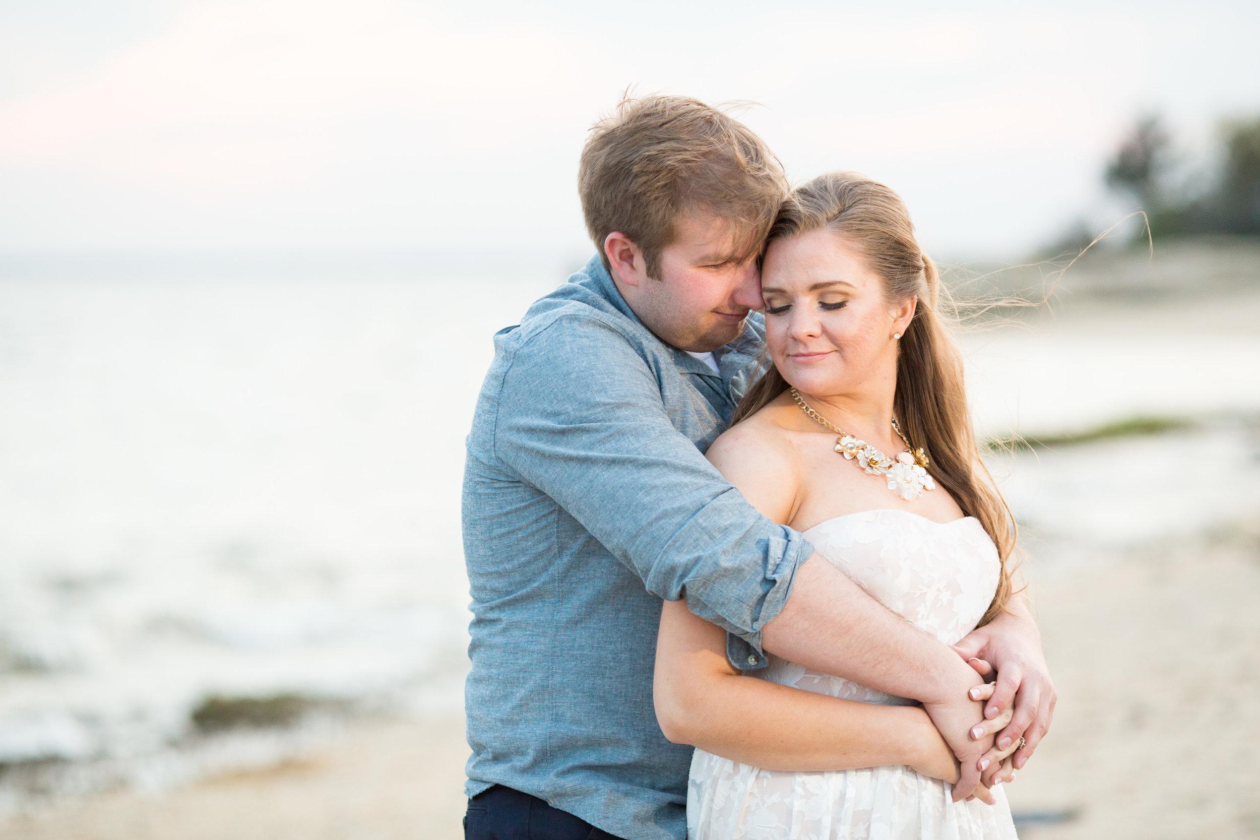 beach engagement at sandy hook with jaye kogut photography